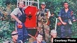 Србија - шакали, паравоена единица