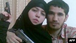 ژینت عبدالرحمنوا، به همراه همسرش اومالات ماگومدوف