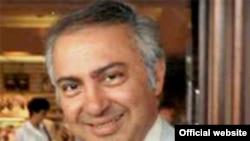 دکتر غلامرضا افخمی، مدیر پروژه تاریخ شفاهی بنیاد مطالعات ایران. (عکس: وبسایت رسمی بنیاد)