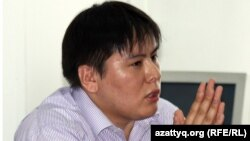 Жанболат Мамай, руководитель молодежного клуба «Рух пен тил».