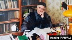 Әмирхан Еники