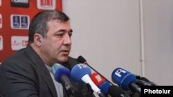 Президент Федерации футбола Армении Рубен Айрапетян (архивная фотография)