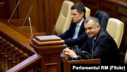 Premierul Ion Chicu în Parlament