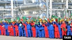Türkmenistan-Hytaý gaz geçirijisiniň açylyş dabarasy, 15-nji dekabr, 2009