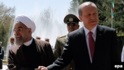 استقبال حسن روحانی از همتای ترکیهای خود در تهران