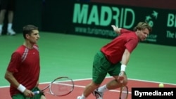 Кубок Дэвиса лишь номинально называется аналогом командного чемпионата мира по теннису