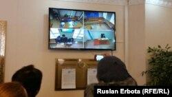 Трансляция судебного заседания по делу гражданского активиста Болатбека Блялова в Сарыаркинском районном суде. Астана, 19 января 2016 года.