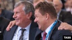 """Главы """"Роснефти"""" Игорь Сечин (слева) и """"Газпрома"""" Алексей Миллер"""