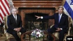 Ysraýylyň premýer-ministri Benjamin Netanýahu (ç) we ABŞ-nyň döwlet sekretary John Kerry (s), Rim, 27-nji iýun, 2016.
