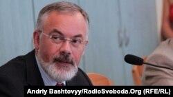 Дмитро Табачник: «На сьогоднішній день при зарахуванні до університету не існує найменшої шпарини для корупційних дій»