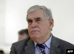 Азем Влласи