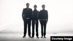 موسیقی امروز: دوشنبه ۱ اردیبهشت ۱۳۹۳
