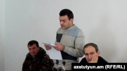 Armenia -- Opposition leader Nikol Pashinian (R) at a court hearing held in Artik prison, 18Feb2011