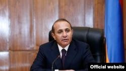 Премьер-министр Армении Овик Абрамян во время заседания правительства