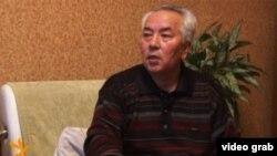 Эшмамбет Дүйшөбаев.
