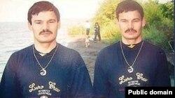 Нәфис Һәм Рәфис Кашаповлар. Узган гасырның 90-нчы елларындагы фото