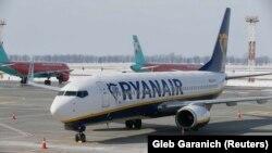 Самолёт авиакомпании Ryanair (иллюстративное фото)