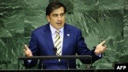 """По мнению некоторых грузинских экспертов, речь Саакашвили создала фон, который может существенно выбить почву """"из-под ног"""" главного оппонента Грузии – России"""