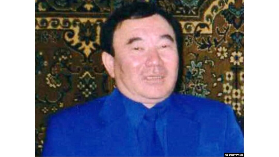 болат назарбаев украл аишу