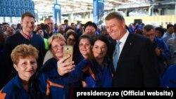 Președintele Klaus Iohannis, la fabrica Ford de la Craiova