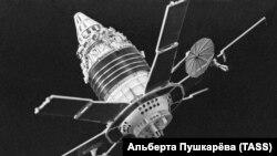 Советские искусственные спутники Земли (ИСЗ) «Молния-1»