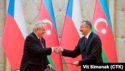 Президенты Азербайджана и Чехии Ильхам Алиев и Милош Земан