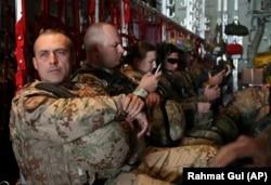 Военнослужащие миссии НАТО в Афганистане. Март 2018 года