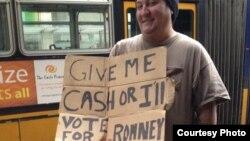Beskućnik u Seattlu traži novac da ne bi glasao za Romneya (Fotografije: Zdenko Jendruh)
