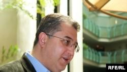 Георгий Ахвледиани расценивает решение как попытку со стороны государства создать монопольную корпорацию с нарушением конституции