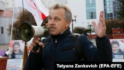Anatol Lyabedzka has been fined and jailed several times in the past for his opposition activities. (file photo)
