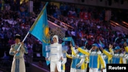 Казакстандын командасы Сочи Олимпиадасынын ачылышында, 7-февраль.