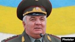 Armenia - Colonel General Yuri Khachaturov, 28May2010.