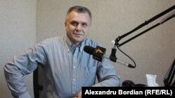 Igor Boțan în studioul Europei Libere