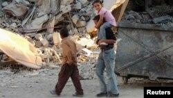 Дети среди руин в окрестностях Дамаска. Иллюстративное фото.