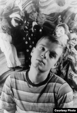 Капоте в возрасте 24 лет. Фотография Карла Ван Вехтена. 1948