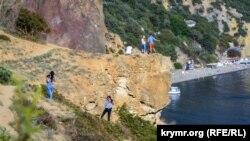 Туристы в Крыму. Иллюстрационное фото
