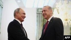 آرشیف، دیدار ولادیمیر پوتین رئیس جمهور روسیه با همتای ترکیاش در تهران به تاریخ ۷ سپتمبر ۲۰۱۸