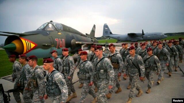Американские десантники отправляются на военные учения в Польшу