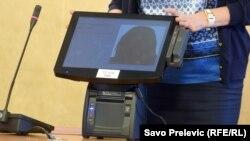 Uređaj za elektronsko glasanje u Crnoj Gori