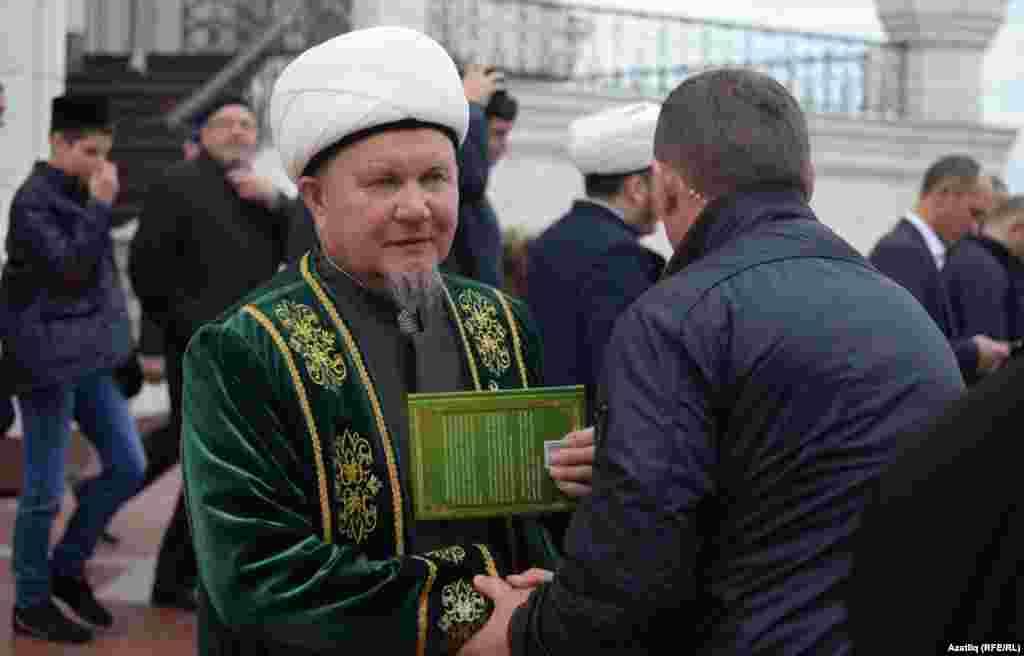 Татарстанның баш казые Җәлил хәзрәт