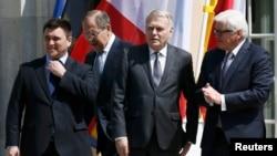 Міністри закордонних справ України, Росії, Франції та Німеччини під час зустрічі у Берліні. 11 травня 2016 року