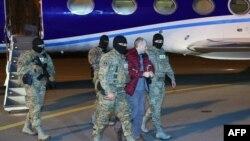 Ալեքսանդր Լապշինը հատուկ չվերթով Մինսկից Ժամանել է Բաքու, արխիվ