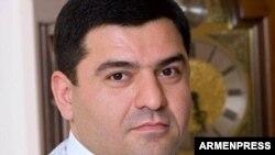 Артак Саргсян