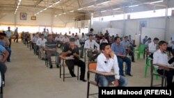احدى قاعات الامتحان في السماوة(من الارشيف)
