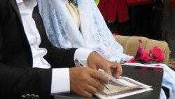 اذن پدر برای ازدواج؛ آیا اسلام زنان را فاقد منطق تصمیمگیری میداند؟