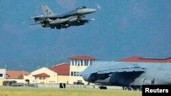 Aeroplani luftarak amerikan i tipit F-16 mbi bazën Incirlik në Turqi