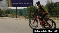Kabul residents are buying bicycles to beat the frequent hours-long traffic jams in the teeming capital.