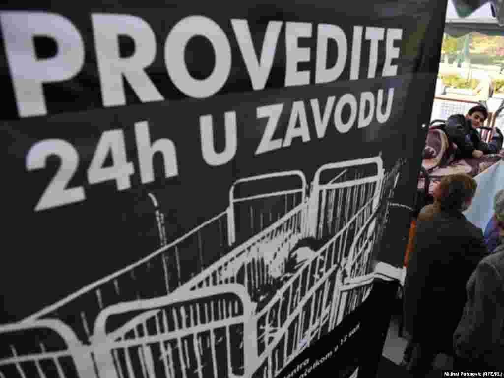 Projekt kojim se želi pružiti podrška štićenicima Zavoda za zaštitu djece i omladine s posebnim potrebama u Pazariću, Sarajevo, 03.11.2011.