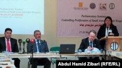 جانب من نقاشات منتدى الأسلحة الخفيفة في أربيل