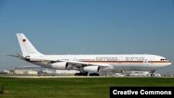 Самолет Airbus A340, который использовала канцлер Германии Ангела Меркель в 2014 году